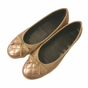 The Flexx Metallic Quilted Bow Ballet Flats Size 8